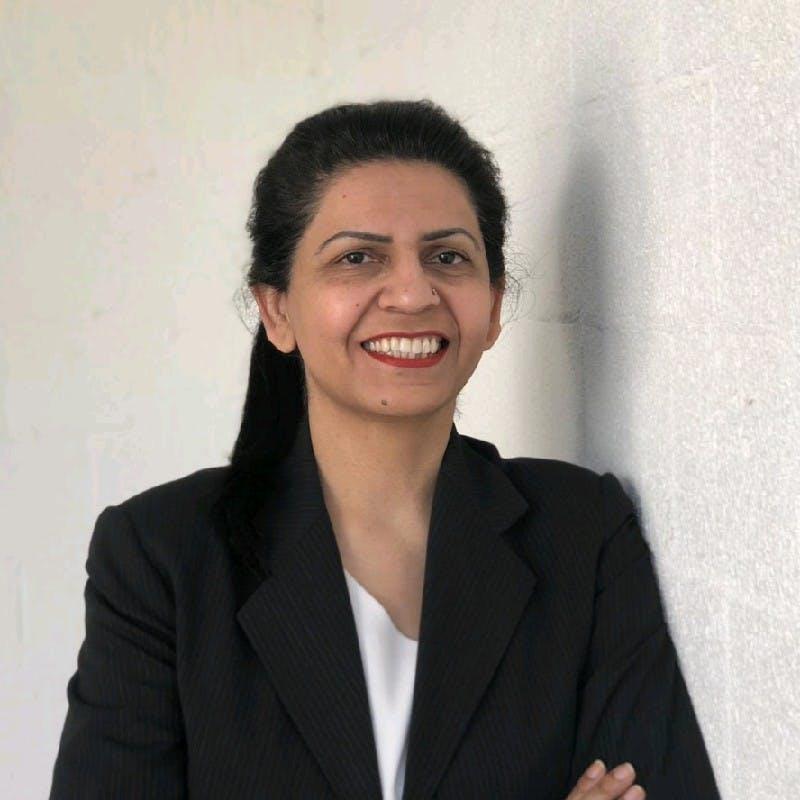 Photo of Dr Iram Khawaja
