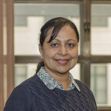 Dr Gayathri Chandru Photo
