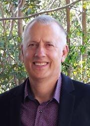 Photo of Dr Paul Holownia