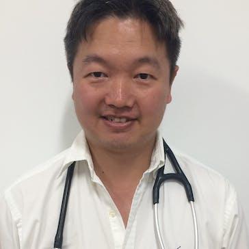 Dr Dong Hua Photo
