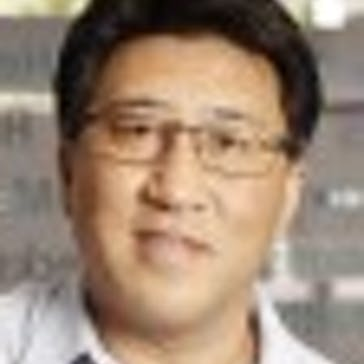 Dr James Jeong Photo
