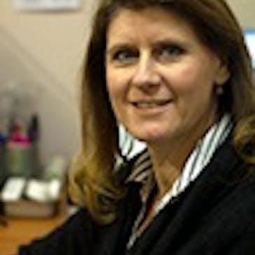 Dr Colleen Bradford Photo