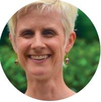 Photo of Dr Jennifer Conn