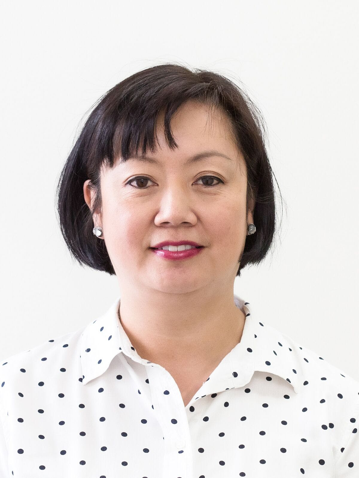 Photo of Dr Daphne Cheng