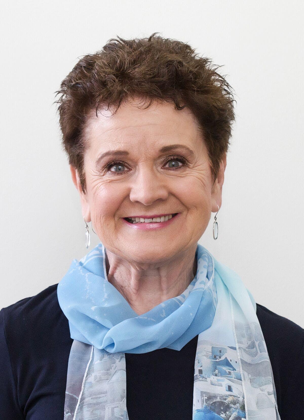 Photo of Dr Lisa Colls