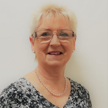 Dr Anne Irving Photo