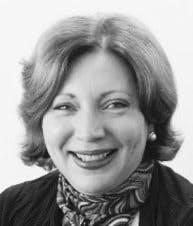 Photo of Dr Veronica Paull
