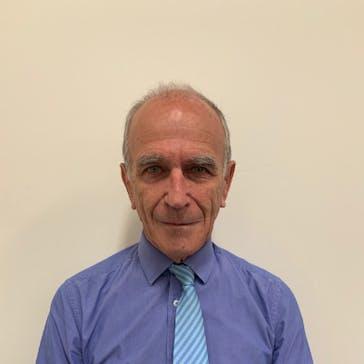 Dr Geoffrey Bettenay Photo