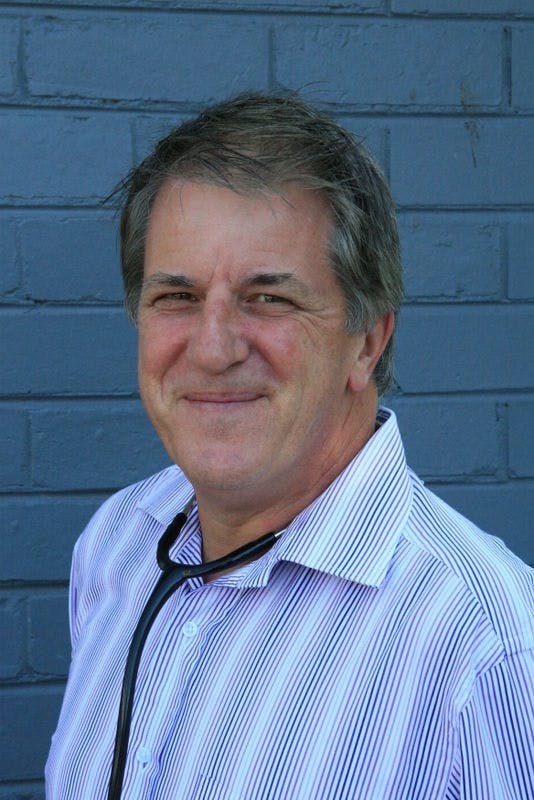 Photo of Dr Glen Davis