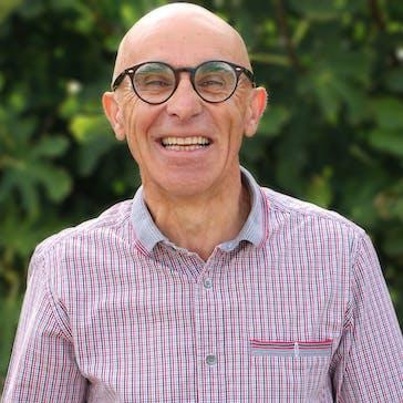 Dr Dimitrios Kollios Photo