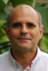 Photo of Dr John Kondopoulos