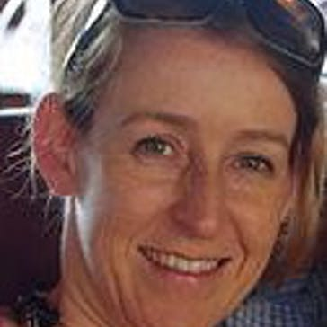 Dr Paula Leach Photo