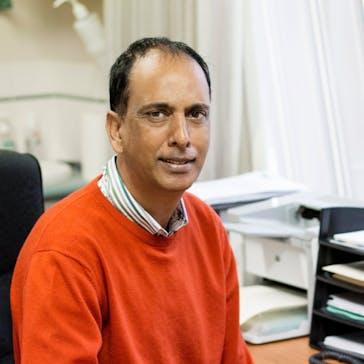 Dr Niresh Madhanpall Photo