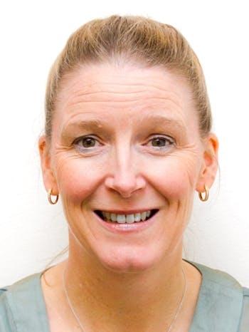 Photo of Dr Carolyn Nash