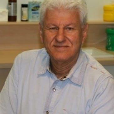 Dr Harry Unglik Photo