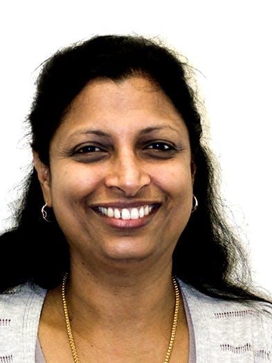 Photo of Dr Vinotha Vijayakumar