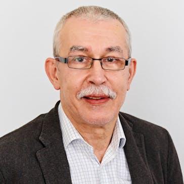 Dr Richard Waluk Photo