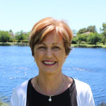 Dr Karen Majda Photo