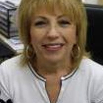 Dr Bella Weisman Photo