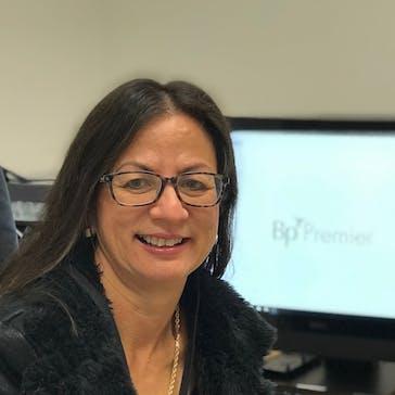 Dr Julie Manasseh Photo