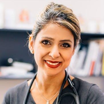 Dr Neda Namdar Photo