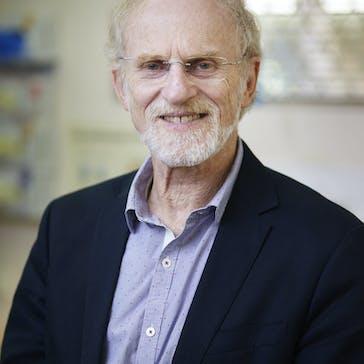Dr Douglas Pritchard Photo