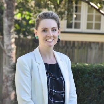Dr Leonie Mitchell Photo