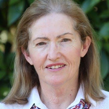 Dr Julie Fisher Photo