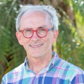Photo of Dr Peter Norris