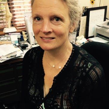 Dr Alison Turner Photo