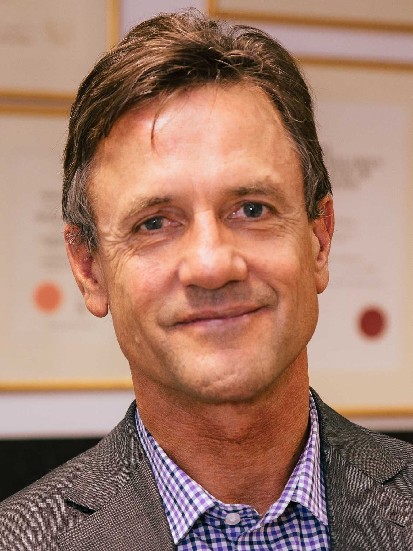Photo of Dr Timothy Cooper