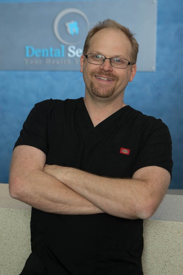 Photo of Dr Kurt Dean