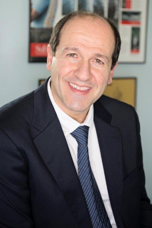 Photo of Dr Peter Bablis