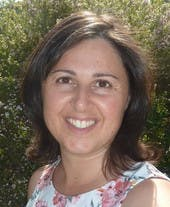 Photo of Dr Maria Ananakis