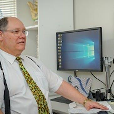 Dr Warren Dick Photo
