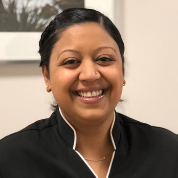 Dr Meenakshi Rajcoomar Photo