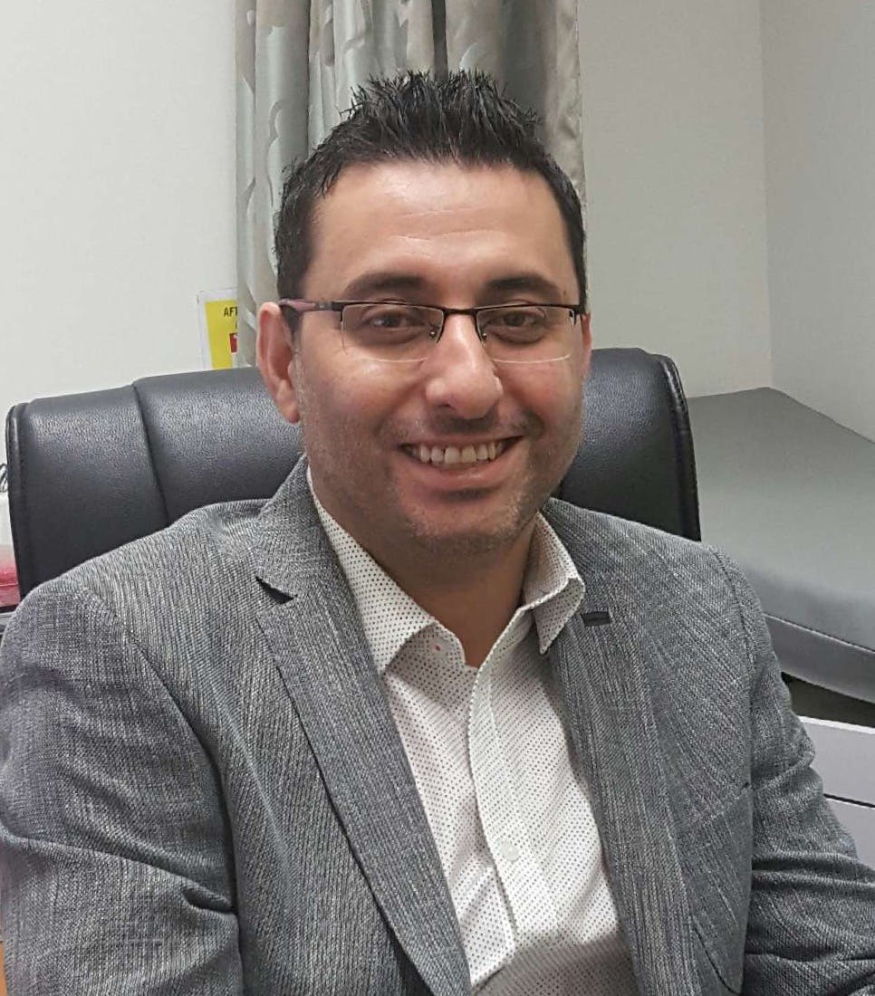Photo of Dr Mounther Tommalieh