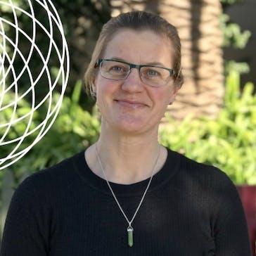 Dr Caroline Harrison Photo