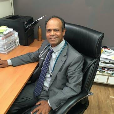 Dr Vinny Shamprasadh Photo