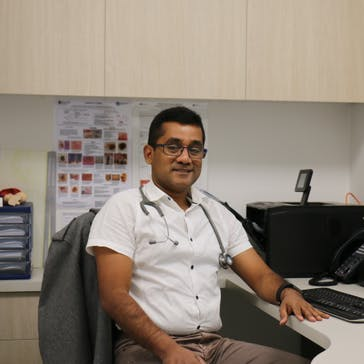 Dr Dimuthu Gamage Photo