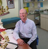 Photo of Dr Robert Lawless