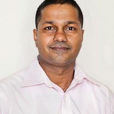 Dr Ravi Ganepola Photo