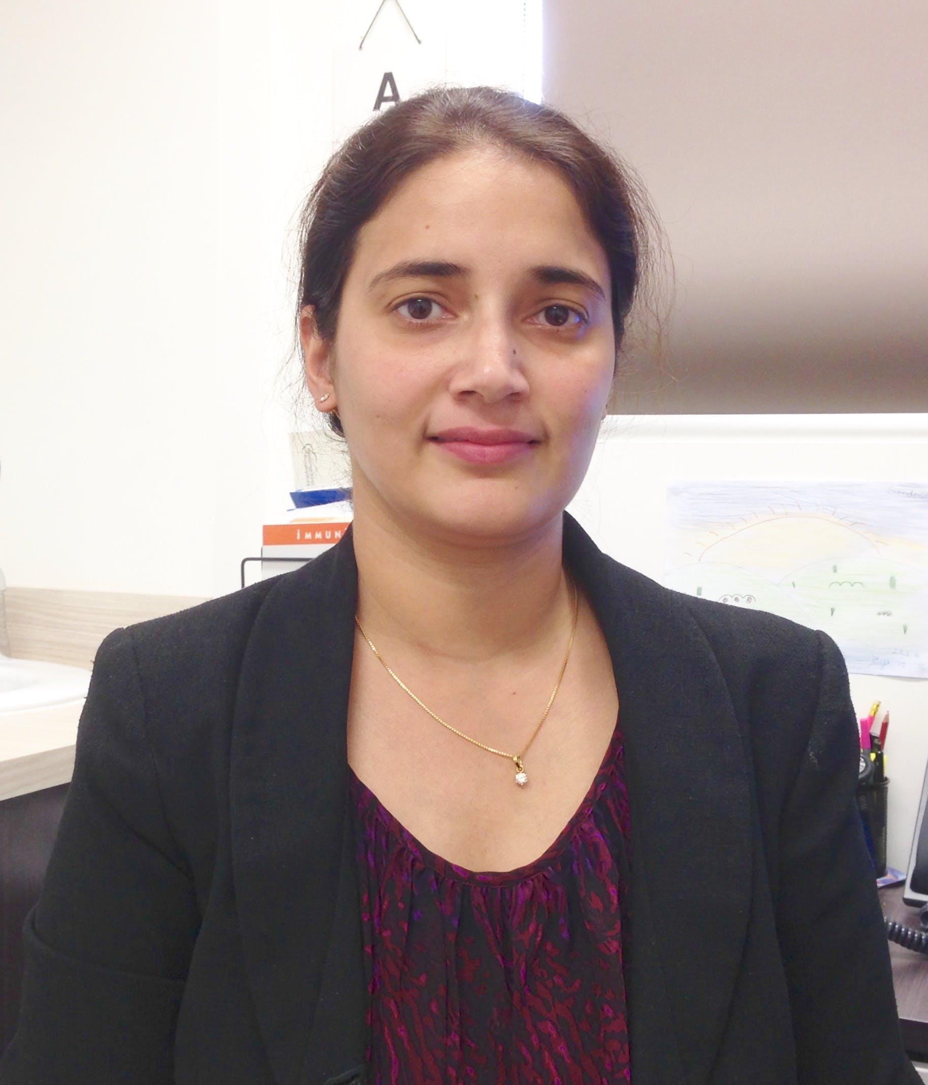 Photo of Dr Puja Mehrotra