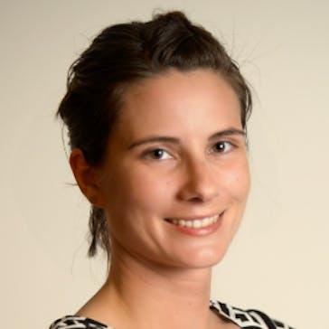 Dr Liz  Davidson Photo