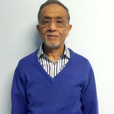 Dr Shakirhusein Nagree Photo