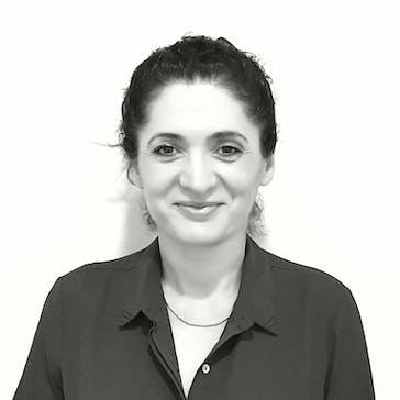 Dr Jaleh Jahangiri Photo