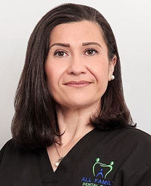 Photo of Dr Sahar Naoum
