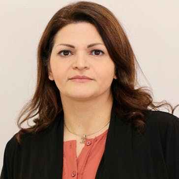 Dr Farzaneh Rastegar Photo