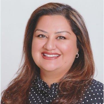 Dr Sehr Shah Photo