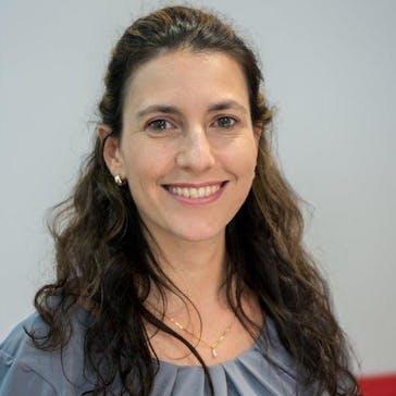 Dr Flavia Camargo Horta De Macedo Photo